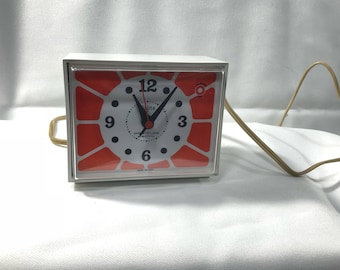 Mid Century Modern 1960s DIALITE ALARM CLOCK Orange Mod Westclox Electric