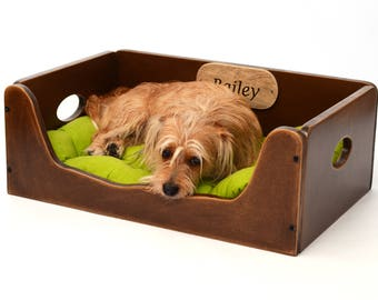 Dog bed, Wooden dog bed, Dog furniture, Personalized dog bed, Cat bed, Customized dog bed, Wooden bed with the dog's name, Pet bed