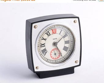 ON SALE Watch Vintage alarm clock - MINIATURE ,Soviet clock, Russian clock , Mechanical clock , Green clock , Slava