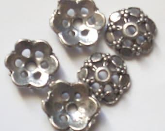 5 pearls round metal flower 14mm Tibetan silver