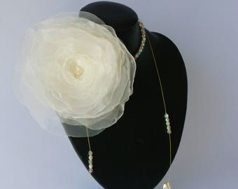 Wedding necklace * VOLANTINA * detachable ivory organza flower