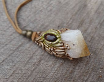 SHIPPING INCLUDED Citrine Mexican Fire Agate Pendant