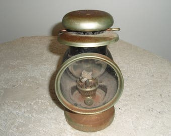 Vintage Carriage Lantern, Vintage Black and Gold Metal & Glass Kerosene Carriage Lantern-Hanging Lantern-Farmhouse-French Country-Boho