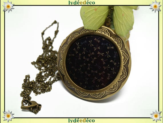 Necklace holder photo retro vintage resin dragonflies and blue brown black brass Locket 45 mm diameter
