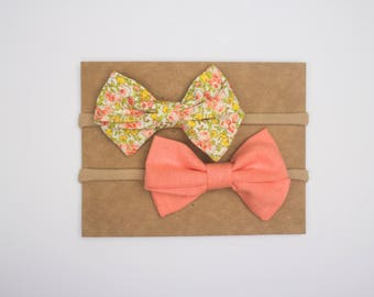 Coral Floral Bow Set