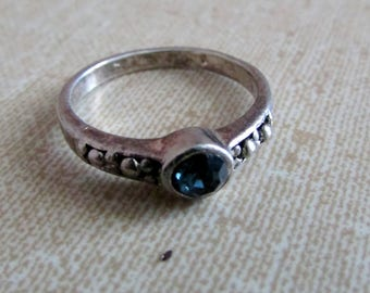 Vintage Ring, Silver with Blue Stone, Stackable, Size 5.5, Boho Folk Jewelry ~ BreezyTownship.etsy.com
