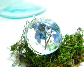 Forget Me Not, Memorial Jewelry, Silver Flakes, Pressed Flower Necklace, Plants in Resin, Fairy Necklace, Resin Necklace, Nature Lovers