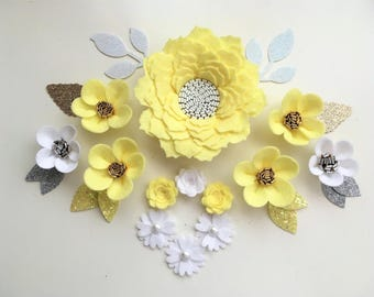 Hand made lemon/white felt 3d flowers & gold glitter leaves. Felt flower crown, flower headband, flower garland, baby headband, felt posies