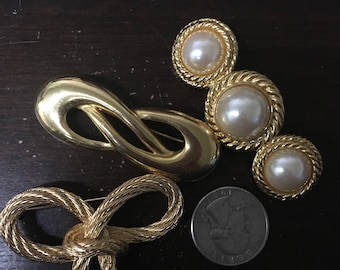 Set of Three Gold-tone brooches