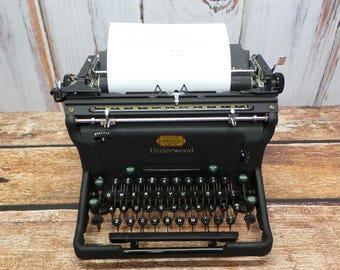 1947 Underwood Typewriter, Model 11, Black Keyes, Looks and Works Great