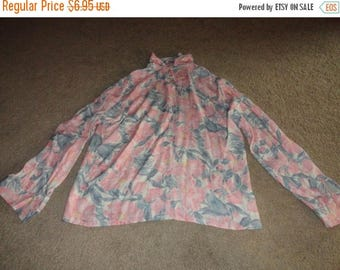 50% OFF Size 14 Unique Vintage blouse Large 48 inch bust 28 in length Country Sophisticates Pendleton