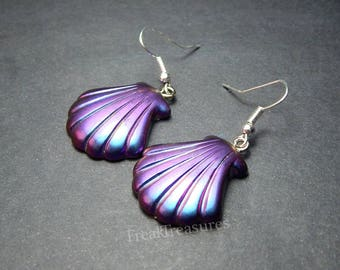 Color shifting resin Seashell earrings iridescent witchy moonchild oilslick