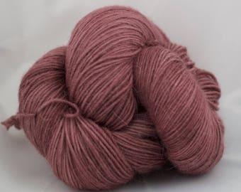 CatLike - COMMANDE PERSONNALISEE - mérinos superwash fingering nylon superfine alpaga sock