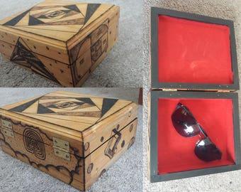"""Woodburned """"Wonder"""" Box"""