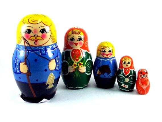 Nesting Dolls 5 pcs Russian matryoshka doll Babushka set for kids Wooden authentic stacking handpainted dolls toys Fisherman gift