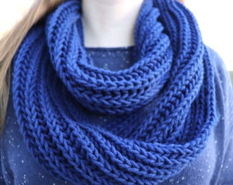 Blue Infinity Scarf for Women, Knit Scarf Handmade, Scarf Women, Blue Scarf Womens, Brioche Knitting Scarf, Circle Scarf, Cowl Scarf