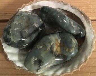 Emerald Extra Large Tumbled, Inspiration Stone, Healing Stone, Healing Crystal, Chakra Stone, Spiritual Stone