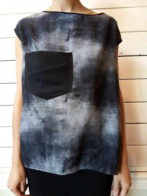 BLOODY MARY - prints top, short sleeves with oversize pocket for womens - Grey melancolia