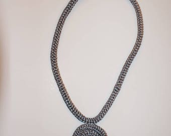 """Crystal"" e grey knit Ribbon necklace"