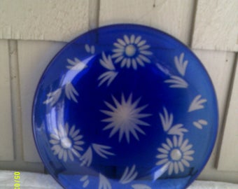 Vintage Cobalt Blue Glass Serving Plate with Etched Flowers, Blue Glass Decor Plate
