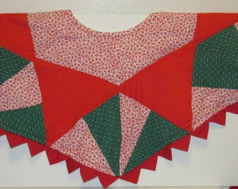 "Vintage Quilted Christmas Tree Skirt, Handmade, 42"" across"