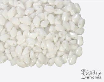 5 g Chalk White Czech Gekko Beads 3x5 mm (11199)