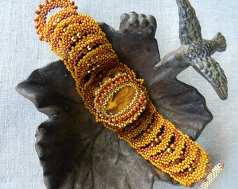 Golden Autumn Free Form Bracelet Sunny Yellow Gold Brown Bracelet Cherry Quartz Jade Beads Czech Glass Bracelet Bedwoven Beadwork Bracelet