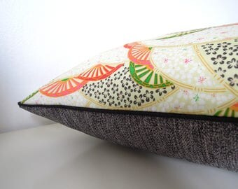 "Cushion cover "" Fan japanese motif and small flowers, grey back ans black piping """