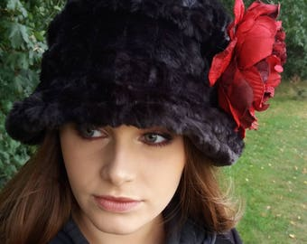 Lady Mary style 20's Cloche Hat with Cosy Polar Fleece Lining and Flower Brooch