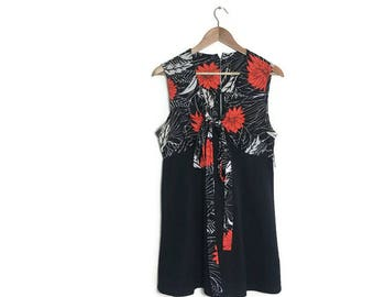70s black red short dress / 70s mini dress / vintage black dress with floral top / disco / 70s party dress / 1970s dresses / mini dress