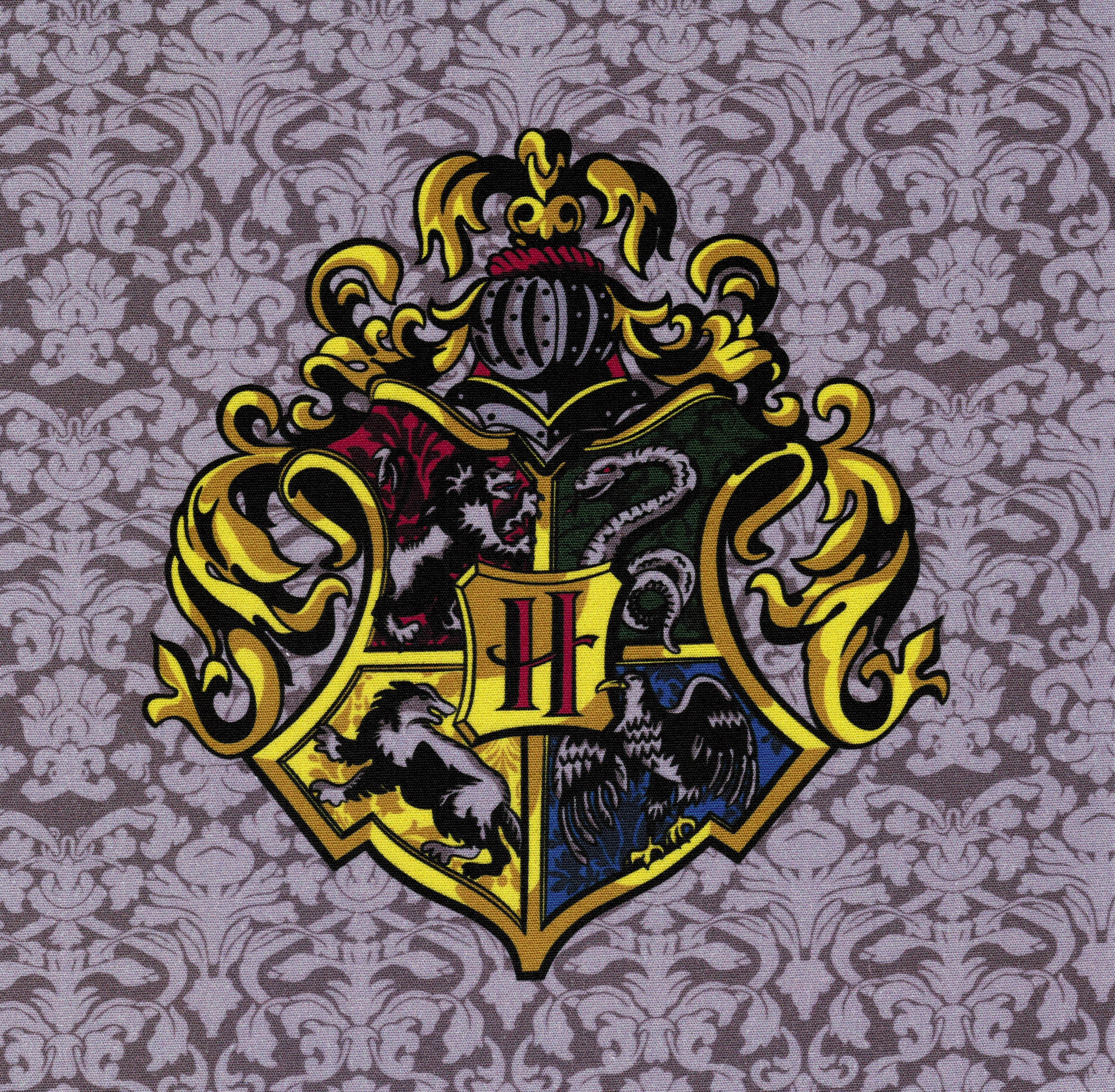 It's just an image of Old Fashioned Hogwarts Crest Printable