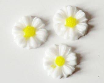 Cabochon 8mm white Daisy