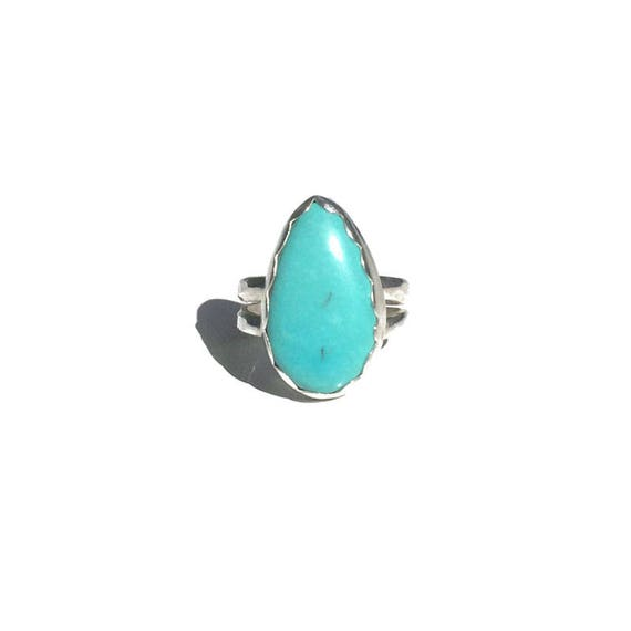 old stock American mined turquoise ring - size 6