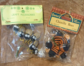 Vintage Chenille Bees Miniature Pick Craft Supply Lot NOS (#711)
