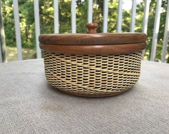 """51/2"""" Round Nantucket Coaster Basket with Cover"""