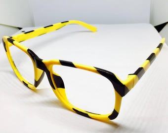 hand painted 707 glasses (Mystic Messenger)