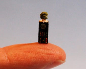 1/144th inch scale miniature-Narrow bookshelf