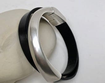 Black Leather Double Wrap Half Cuff Clasp Bracelet, Antique Silver Clasp, Leather Bangle,  Leather Bracelet, Black Leather and Silver