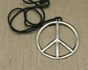 Peace Sign Pendant Necklace Vintage