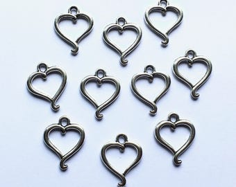 10 x heart charms - Silver open heart charms - Valentine's Day charms - Vintage style charms - Jewellery making - UK seller - UK supplies