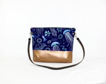 Jellyfish copper Crossdiv bag with leather handles