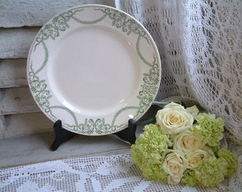 Antique french green transferware round serving platter. Spring green light green. Empire style. Jeanne d'Arc living. Nordic living decor