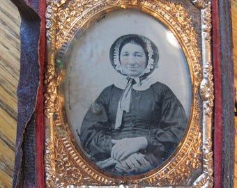 Antique Daguerreotype Woman Photo in Part Case