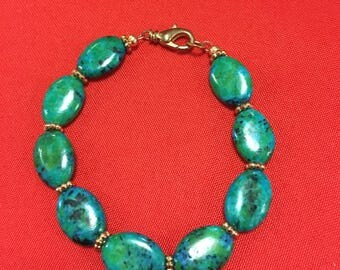 Turquoise and green stone bead bracelet