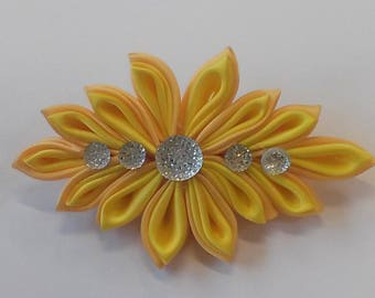 Kanzashi flower clip : Sunflower yellow