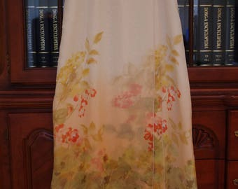 1990s New & Unworn 100% Silk Floral Skirt Size 8 from Neiman Marcus