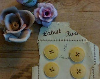 Vintage  Buttery Yellow   Buttons