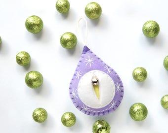 A Vaginament® ornament named Edna! Vagina Vulva decoration yoni home decor ∙Lesbian wedding ∙ Midwife Doula thank you gift {Big Snowy Edna}