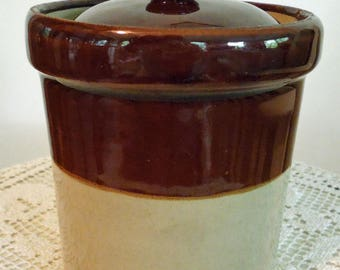 Pearsons of Chesterfield Small Stoneware Crock with Lid