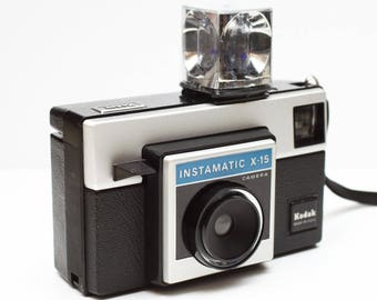 Vintage Kodak Instamatic X-15 126 Film Camera with a Magicube Made in USA 1970s Fully Operational